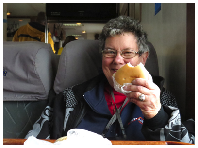PUNTA ARENAS–Judy ate her box lunch for breakfast