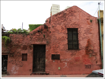 BUENOS AIRES–a few very old houses still survive in the barrio